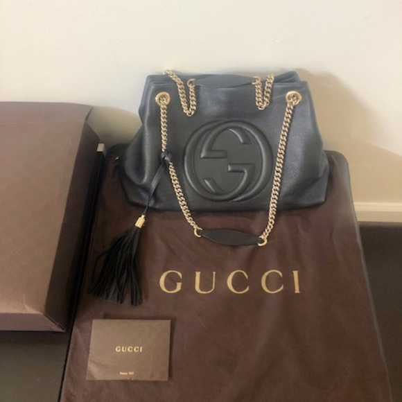 Gucci Handbags - Gucci Soho Black Pebbled Leather Gold Double Chain
